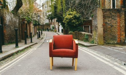 5 things to watch out for when shopping for second-hand furniture