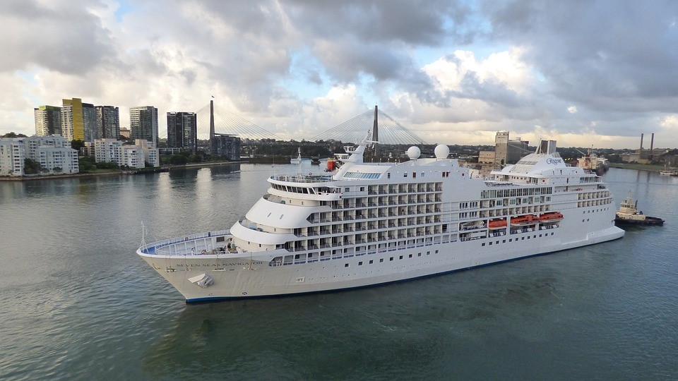 Top Four Reasons to Spend Your Honeymoon on a Luxury Cruise