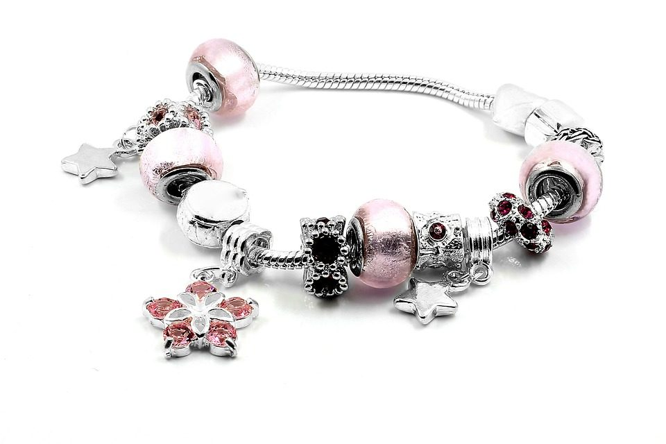 The History of the Traditional Charm Bracelet