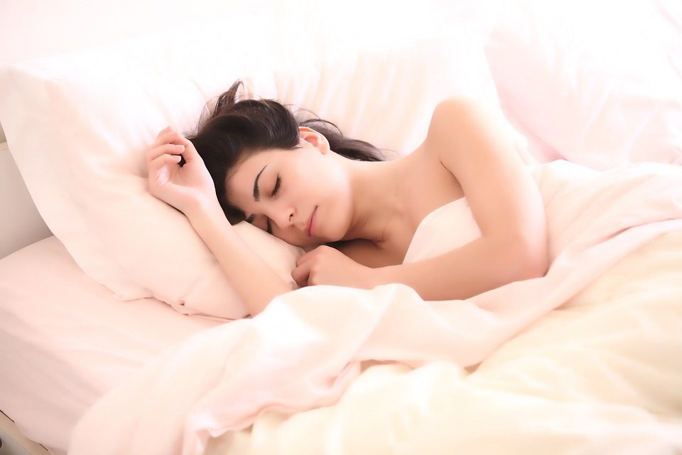 Why Should You Never Sleep with Your Dentures In?