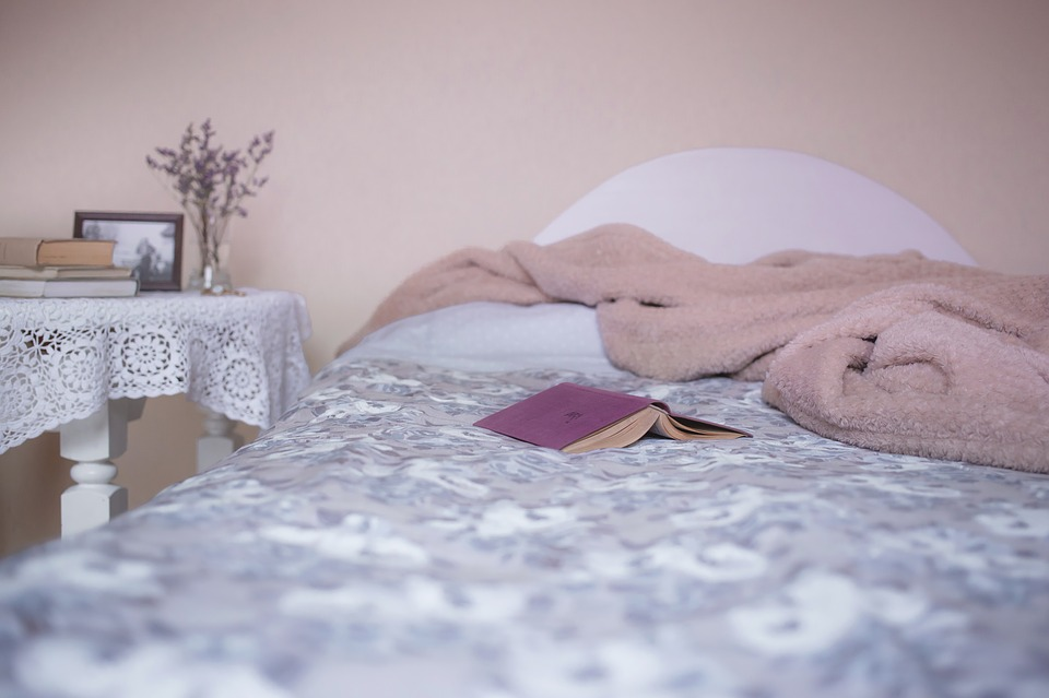 How Can Using an Electric Blanket Help People with Mobility Problems?