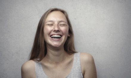 An invisible orthodontic solution? FAQ's about invisible braces